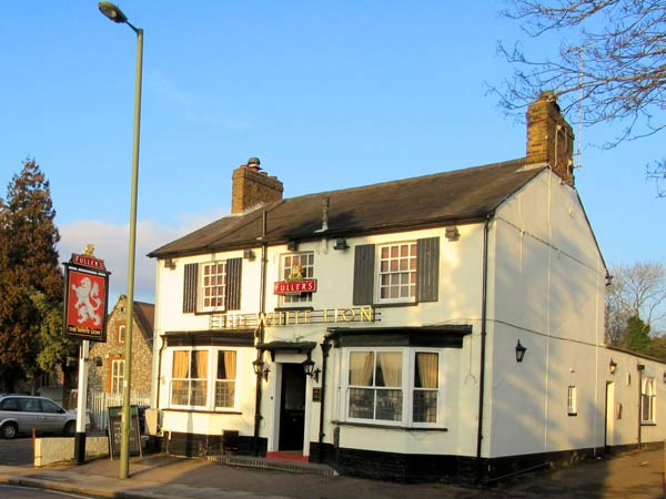 The White Lion on St. Albans Road