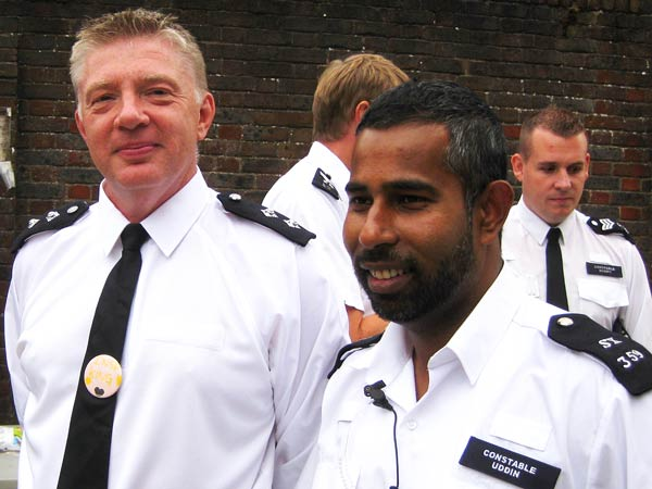 Police Constable Ala Yuddin (right) with Detective Inspector Gordon King