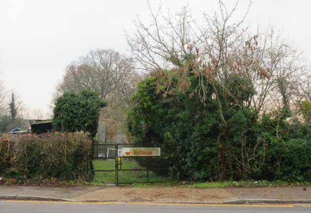 A farmyard gate in Wood Street, almost opposite the Arkley public house, would be the start of a woodland walkway to Wellhouse Lane and Barnet Hospital