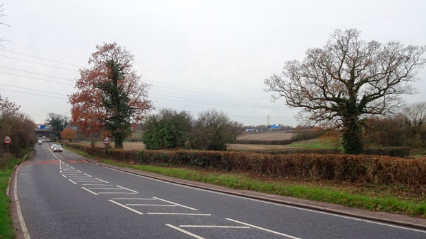 The A1000/Great North Road looking south across the Green Belt from Potters Bar (with the M25 in the distance)
