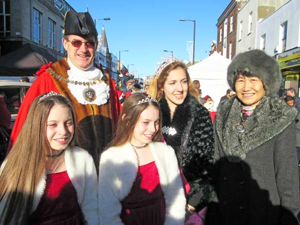 The Mayor Barnet welcomes the Barnet Christmas Fair Festival Queen