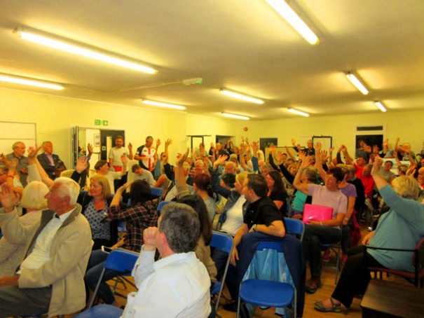 Unanimous show of hands residents decide Underhill is an inappropriate site for a school of 2,000 pupils