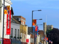 Wars of the Roses banners transform Barnet High Street