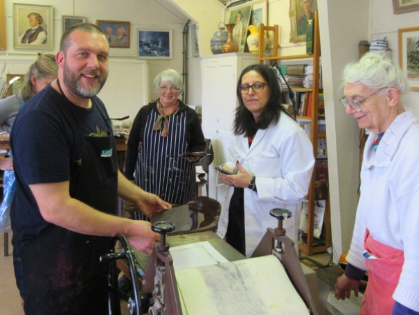 Andy Dalton, from York, demonstrates techniques for producing relief mono prints at a workshop