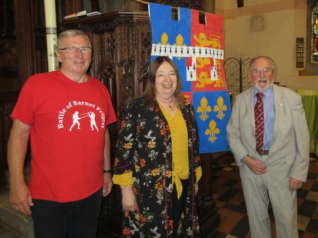 Alison Weir with the chairman of Barnet Museum, Mike Jordan (right), and Dennis Bird, talks organiser for the Battle of Barnet Project