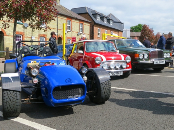 Andy Banks's Westfield; Jayne Evans's Rover MPI Cooper; T and H Motor's Bentley