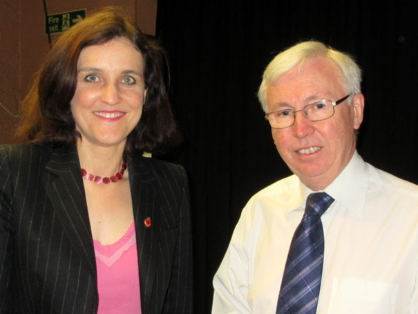 Theresa Villiers MP being welcomed by Gordon Massey, chairman of Barnet Residents Association